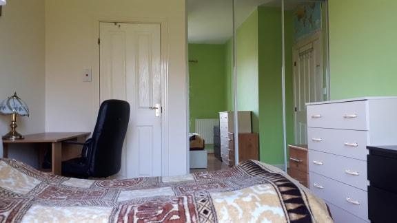 Pokój z łazienką i balkonem od zaraz
