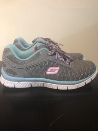 Skechers rozm. UK 1.5
