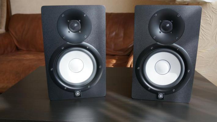 2 Monitory studyjne Yamaha HS7