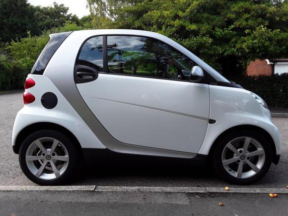 Smart Coupe,  biały , Mały Mileage!!!