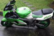Kawasaki ninja zx9r 900cc
