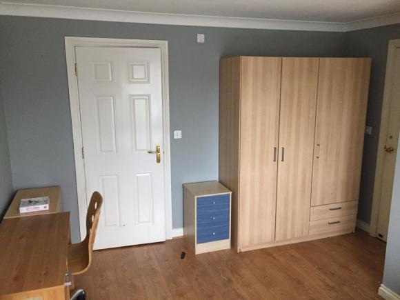 Wynajmę duży pokój z łazienką - Handsworth