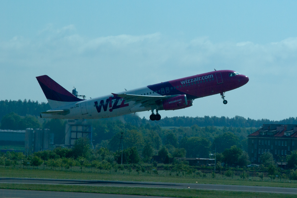 WizzAir zamierza wprowadzić bilety miesięczne